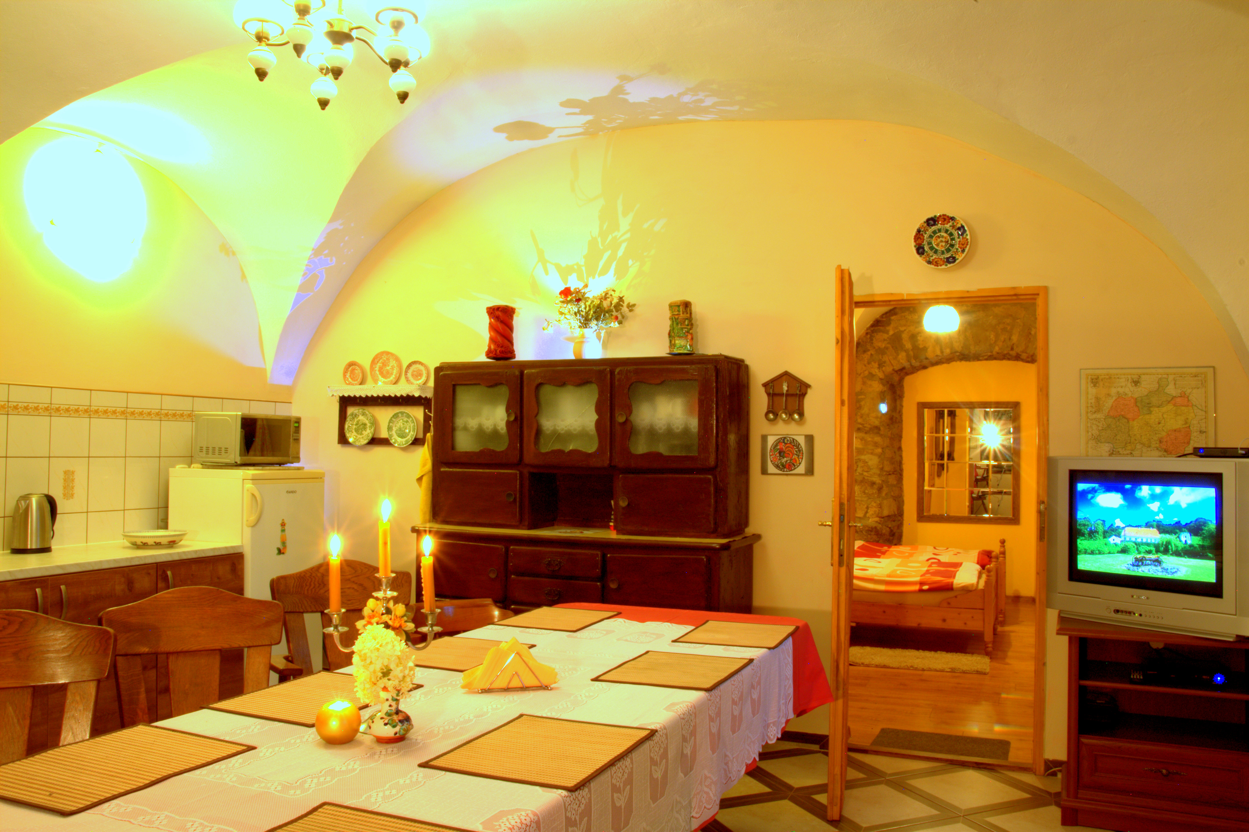 Kuchnia z jadalnią. Agroturystyka Dolny Śląsk